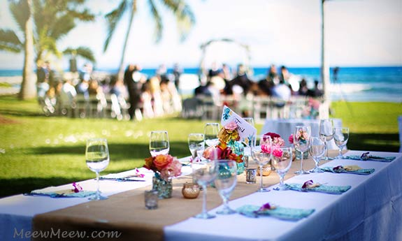 A Maui wedding reception table setting at the Olowalu Plantion House.