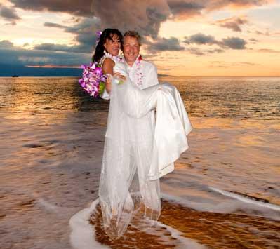 Maui beach wedding and catering at the Outrigger Maui Eldorado Cabana.