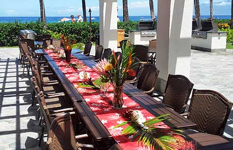 West Maui catering at a resort wedding venue on Kaanapali beach.