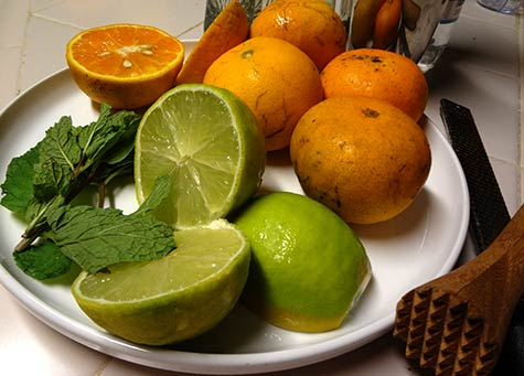 Tangerine, lime and mint fresh local Maui ingredients for the best cocktail recipes.